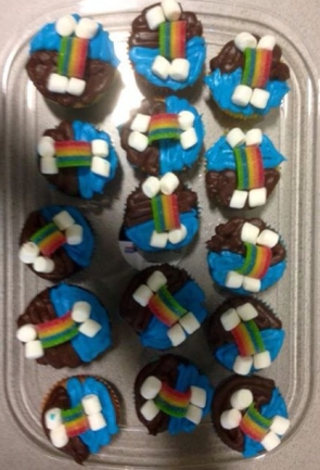 Girl Scouts, Bridging Ceremony, cupcakes, daisy, brownie