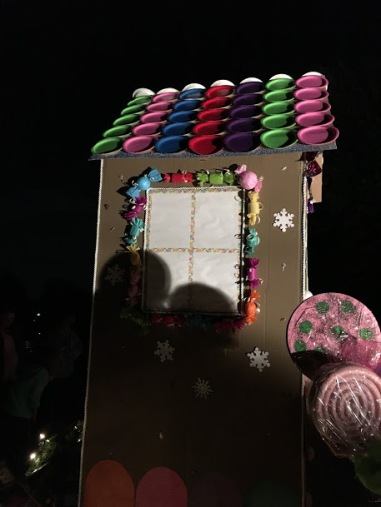 Christmas Float Ideas With Lights.Christmas Float Candy Lights And Gingerbread House For